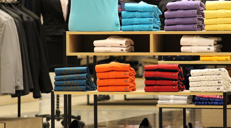 wuff.me .uk 0008 Layer 1 - Den största sortens profilreklam? Profilkläder såklart!